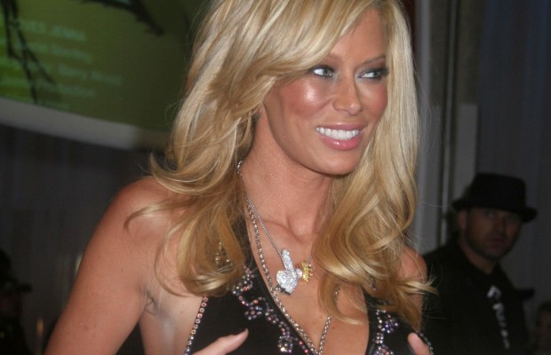 Jenna Jameson ordered to pay $92,000 for skipping out on paid appearances