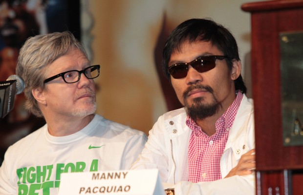 Justin Bieber makes fun of Manny Pacquiao
