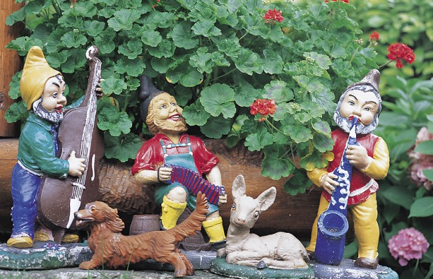 What? Someone is giving away their gnome collection?
