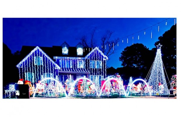 Where is the largest display of Christmas Lights in Hampton Roads?