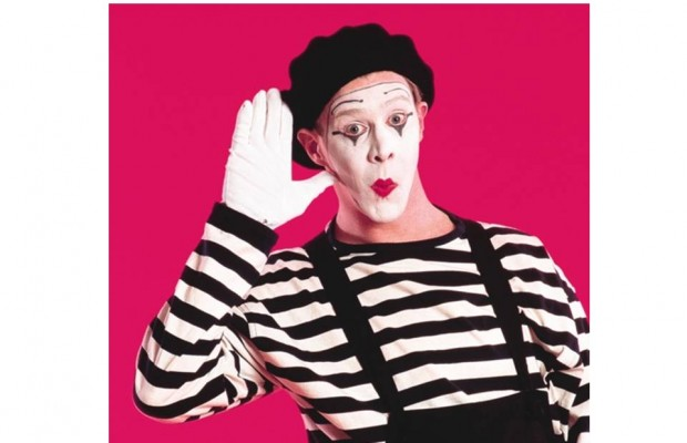 """Rumble calls on Mimes to stop performing in """"White Face"""""""